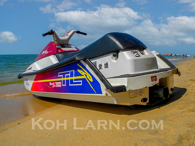 Jet Ski rentals on Koh Larn, Pattaya Beach, Thailand. Careful of the scams.
